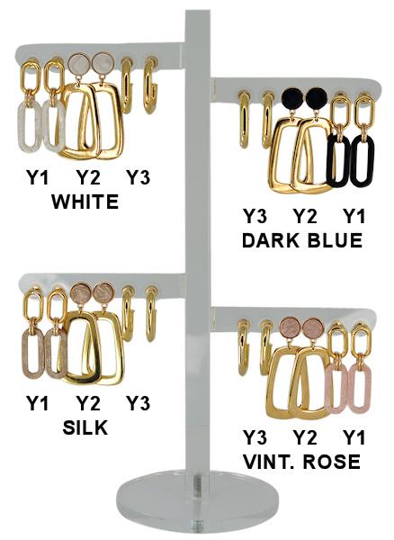 DIS12Y - one pair of earhooks