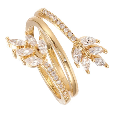 R162 - Ring in gift-box, 18K gold plated, neutral cz, size adjustable