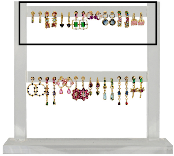 FDIS16K - Refill : 1 row of 8 pairs of festive earhooks CZ