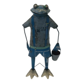 Frog with bucket L 46xH97cm