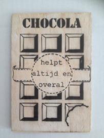 Postkaart Chocola helpt altijd en overal