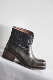 Metal Jeans - Brons lederen laarsjes met pailletten - Mt 39