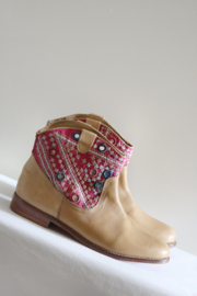 Antik Batik - Lichtbruin lederen enkellaarsjes - 41