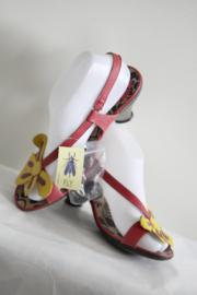 Fly London - Rode sandalen met gele bloem - Mt 38