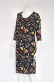 Smashed Lemon - Zwart gebloemde pencil dress - Mt M 38