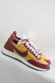 Nike - Bordeaux rood geel suede sneakers - 41