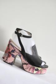 Apepazza - Zwarte sandalen met roze gebloemde hak - Mt 37