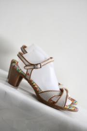 ART - Grijze sandalen met bruine trim - Mt 41