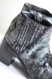 Calvin Klein Jeans - Zilver metallic enkellaarsjes - Mt 37