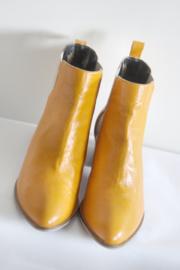Perlato - Oranje lederen enkellaarsjes - Mt 39