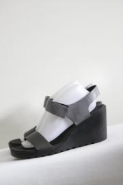 Ecco - Zwart grijs lederen sleehak sandalen - 41