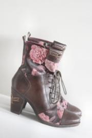 Laura Vita - Bruin lederen veterlaarsjes met roze rozen - Mt 36
