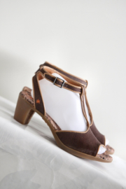 ART - Bruin lederen t-strap sandalen - Mt 41