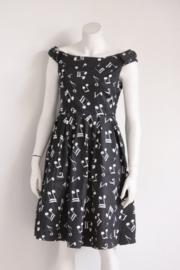 Lindy Bop - Zwarte swing dress met muzieknoten - Mt 40