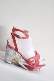 Desigual - Rood roze sandalen met bloemen print - Mt 37