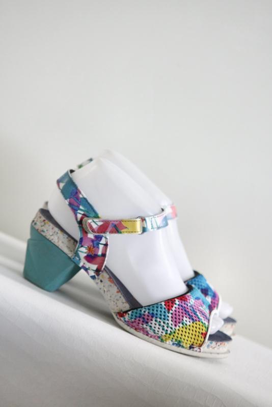 ART - Gekleurde sandalen - Mt 37