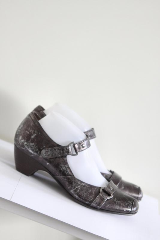 Footnotes - Bruin metallic lak lederen pumps - Mt 41