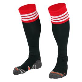 Zwarte voetbalsokken met rode rand aan de bovenkant en witte ringen