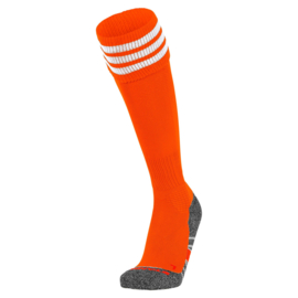 Oranje voetbalsokken met aan de bovenkant 3 witte ringen