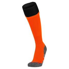 Oranje voetbalsokken met zwarte rand aan de bovenkant