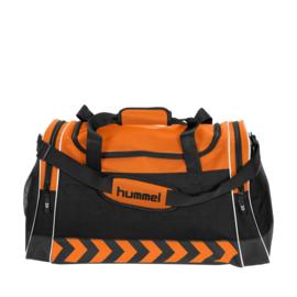 Grote oranje Hummel sporttas voetbaltas