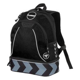 Zwarte voetbaltas als rugzak van Hummel