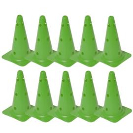 10 Groene kegels en pionnen met gaten