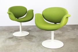 Set van 2 ''Little Tulip'' chairs Designed By: Pierre Pauling voor Artifort 1960