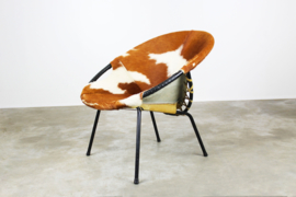 Pop art cowhide balloon chair by Hans Olsen 1950