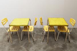 10x Set: Industriele Tolix Tafel + 4 stoelen Leuk voor Terras Gereserveerd.