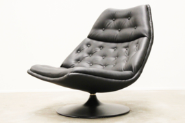 Artifort F510 Swivel Lounge chair Designed By: Geoffrey Harcourt