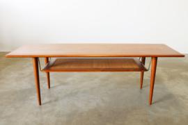 Deens design salontafel model: FD 516 Ontworpen door Peter Hvidt & Orla Mølgaard Nielsen voor France & Son 1956