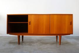 Deens design sideboard / dressoir ontworpen door Clausen & Son 1960