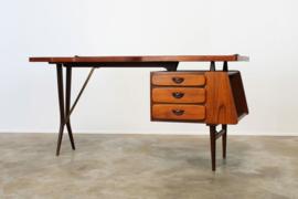 Design Bureau Ontworpen door: Louis van Teeffelen voor Webe 1952
