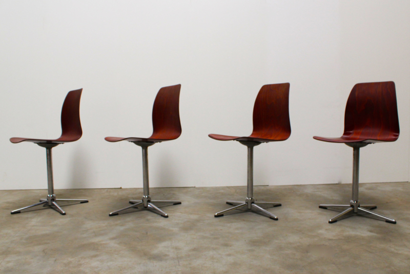 30x Design schoolstoelen van Pagholz