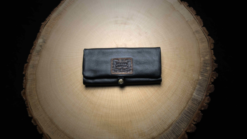 Kavatza Roll Pouch Black Leather, Large (Classic)