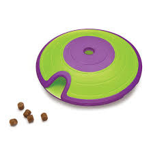 Spel 26  Dog treat maze