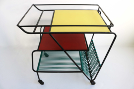 Minimalistische Kleurrijke Jaren 60  Vintage Bar Cart