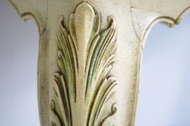 Sierlijke brocante wandconsole in oude verf.