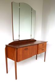 Vintage Design Kaptafel met drieluik spiegel Louis van Teeffelen