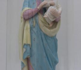 Antieke stolp met gekroonde Maria met kind in biscuit
