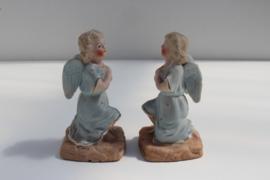 Set van twee antiek brocante engeltjes gekleurd biscuit  nr 2