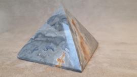 Jaspis polychroom piramide