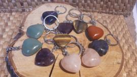 Sleutelhangers diverse steensoorten in hart vorm