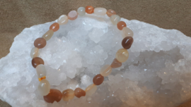 Maansteen perzik nugget armband