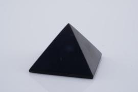 Shungit piramide
