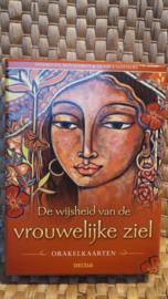 De wijsheid van de vrouwelijke ziel, orakelkaarten