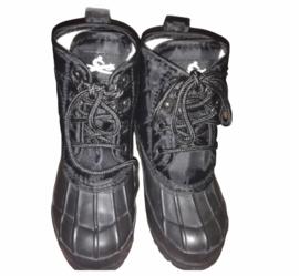 Nieuwe kinderschoenen (mud boots) maat 31 en 32
