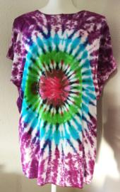 Kleurrijk shirt tie dye Bali, wijdte 132 cm, lengte 70 cm. 100% rayon. Maatbereik 36 t/m 50.
