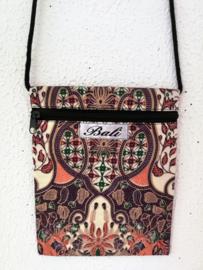 Prachtig batik  schoudertasje.
